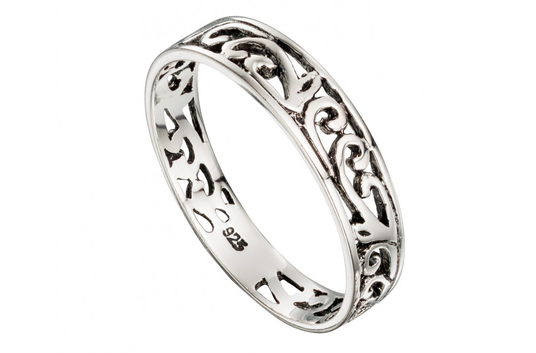 Filigree Band ring